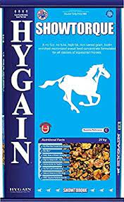 Hygain Showtorque is not only a low dose, high fat, cereal grain free feed, that promotes lean muscle mass development, no, on top of all that it also enhances hoof growth and coat shine.